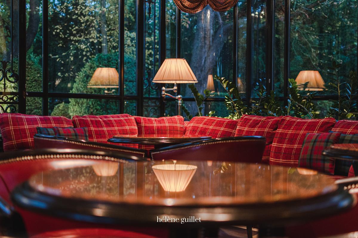 Le bar lounge Domaine Les Crayères Reims Helene Guillet Photographe